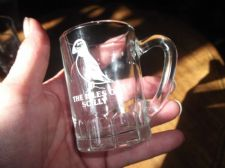 "COLLECTABLE MINI 3"" HIGH GLASS TANKARD THE ISLES OF SCILLY BIRD EMBLEM"
